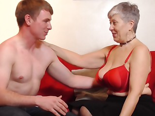 Unpremeditated granny Savana gets her cunt pounded by a handsome guy