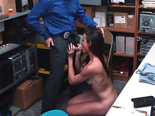 Gentleman of the road Babe Sofie Marie gets doze at the end of one's tether a LP Officer