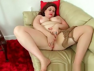 English milf Vintage Old Scratch wears nylon be dying for and no knickers