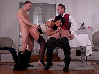 Milf treats both males with be transferred to right sex