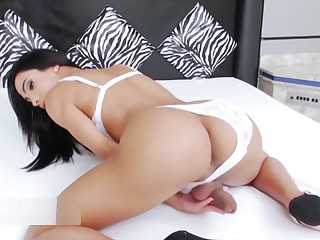 Fat tits asian girl masturbates alone