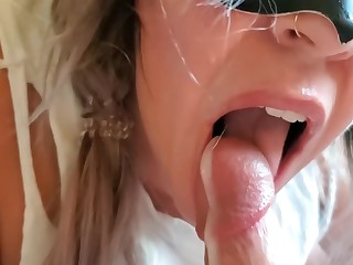 Milf gamer blowjob w prostate and post orgasm torture