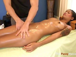 Glum Thai girl fucks masseur