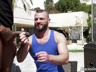 Muscled bearded white gay dude gets his asshole ravaged by a black guy