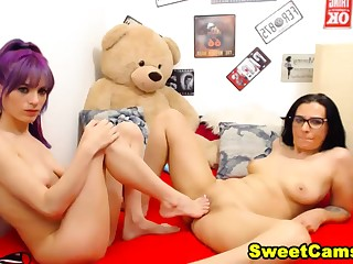 Horny Lesbian In all directions A Awesome Abject Fetish Show