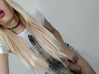 fine blonde ladyman Masturbating On webbing camera