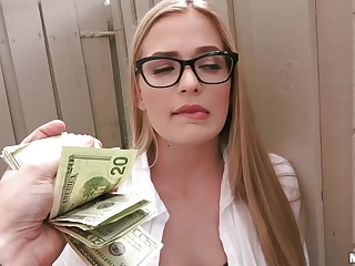 Gorgeous coed in drinking-glass gets fucked for cash apart from a stranger. Pt.1