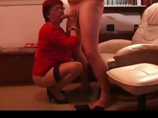 German homemade cuckold and the hubby films it