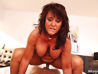 Claresa - Exciting old lady Exploring Sexual appetite
