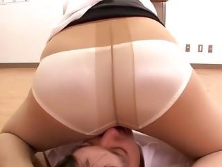 Attractive bristling Japanese mom Reiko Kobayakawa is blowing my dicks