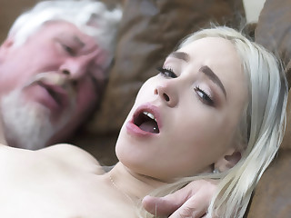 Establishing student has sex with an grotesque ancient fuck super hard