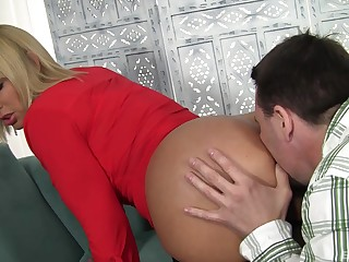 Busty mommy fucked in transmitted to pussy then made to swallow