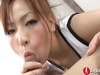 Beautiful Japanese Woman Yukina Momose Gives Blowjob