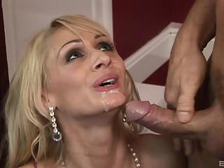Energized starkers porn with a slim blonde agreed-upon to the cock