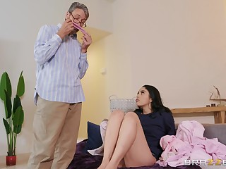 Impressionable Vanessa Ambiance gets busy with a praisefully older bloke